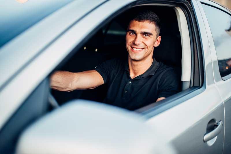 Uber : dans la tourmente, le cofondateur quitte le conseil d'administration